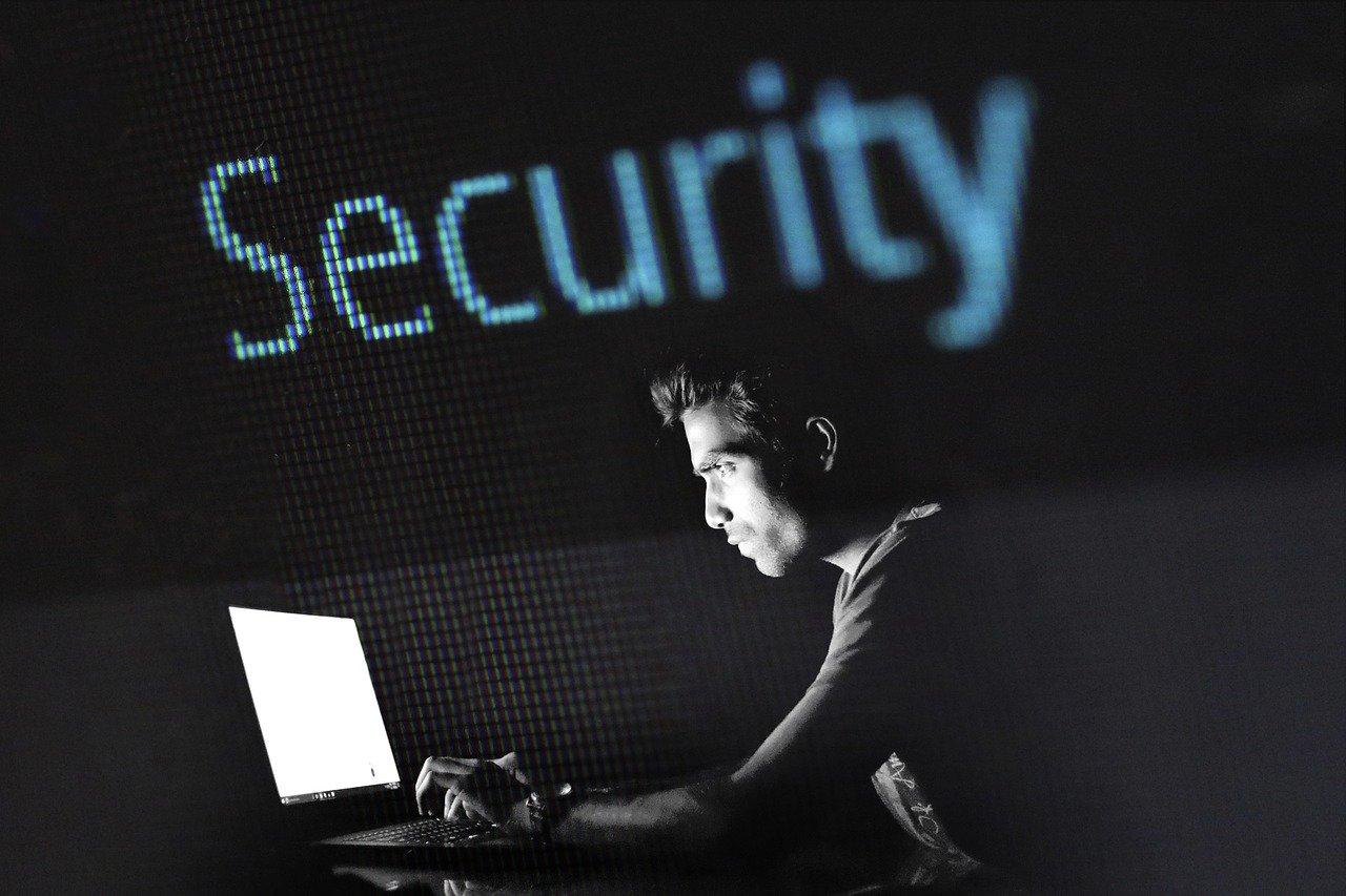 Ataques de phishing y malware a través de aplicaciones de videoconferencia